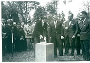 The laying of the first stone of the museum.