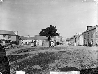 The square, Llangeitho