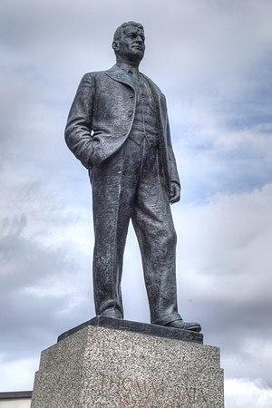 Joseph Hermon Cawthra - Statue of Thomas Bata