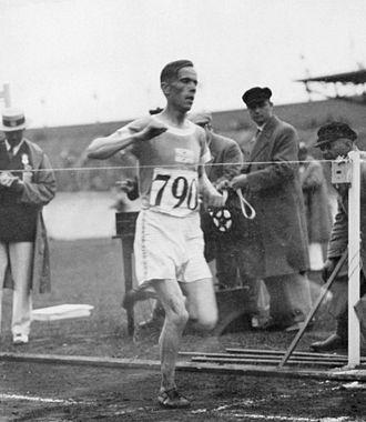 Toivo Loukola - Loukola winning the steeplechase at the 1928 Olympics