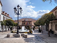 Torrelodones. Plaza de la Constitución.jpg