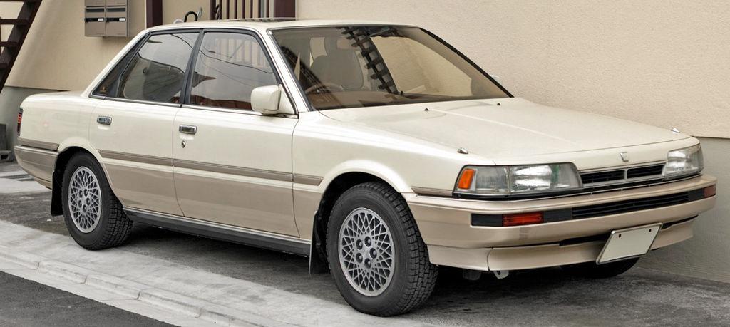 Toyota Camry 20 001.JPG