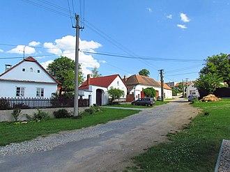 Bačice - Image: Traditional houses in Bačice, Třebíč District