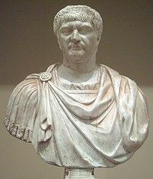 Traianus szobra