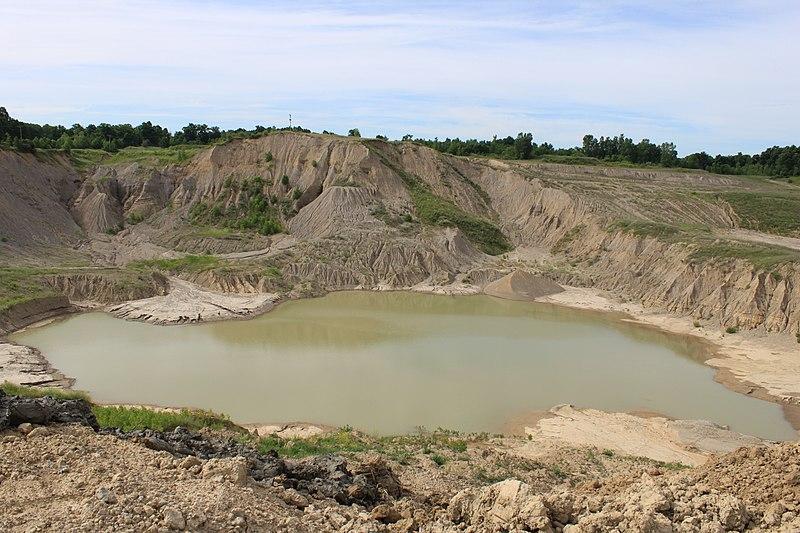 File:Tri-City Aggregates sand ^ gravel pit, 4095 Scio Church Road, Ann Arbor, Michigan - panoramio.jpg