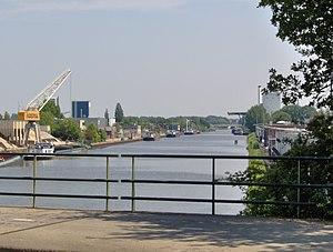 Hengelo - Twentekanaal through Hengelo