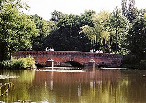 Elstree - Tykes Water bridge
