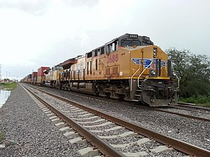 GE Evolution Series - Union Pacific 2688 ET44AC (C45AH designation) in Guanajuato, Mexico (FXE Route)