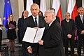 Uroczystość wręczenia posłom na Sejm IX kadencji zaświadczeń o wyborze.jpg