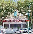 Valréas - Café de la Paix.jpg