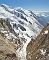 Vertical view from Aiguille du Midi.JPG