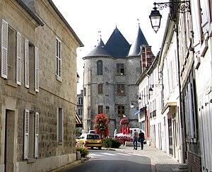 Vic-sur-Aisne - The keep of Vic-sur-Aisne