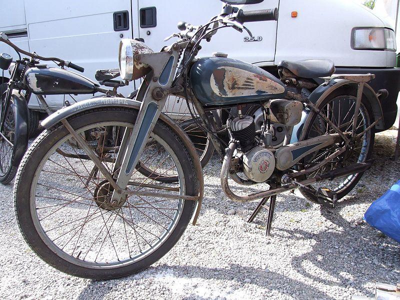 Industriegeschichte: Victoria-Werke 800px-Victoria_100ccm_1939