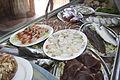 Vista-vitrina-pescados-y-mariscos-restaurante-chipiona.JPG