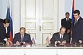 Vladimir Putin in Armenia 14-15 September 2001-8.jpg