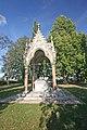 Vojenský hřbitov pruský a soubor pomníků v okolí obce (Chlum), v obci a v okolí 05.JPG