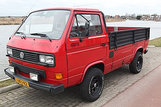 Rear-engine, four-wheel-drive layout - Image: Volkswagen Transporter Syncro 4 WD
