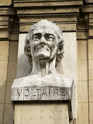 English: a bust of Voltaire, on the façade of ...