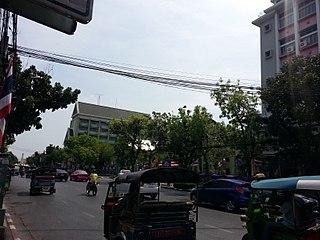 Tri Phet Road Road in Bangkok, Thailand