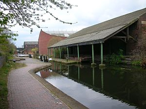 Digbeth Branch Canal - The Warwick Bar stop lock and Banana Warehouse