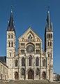 West Façade of Basilique Saint-Rémi, Reims 140306 1.jpg
