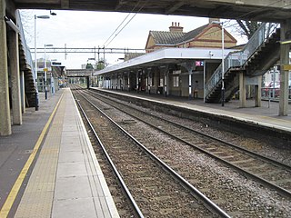 Westcliff railway station Railway station in Essex, England