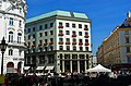 Wien - Michaelerplatz - View NE on Adolf Looshaus.jpg