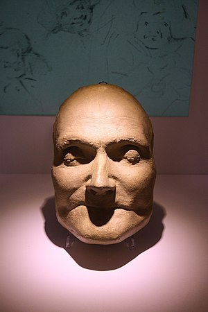 William Hunter (anatomist) - Plaster cast death mask, made several hours after his death.  Hunterian Museum and Art Gallery, Glasgow, Scotland.