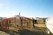Yurt-construction-3