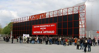 Le Zénith - Exterior of arena during a meeting for the Lutte Ouvrière