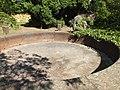 Zentralfriedhof 2017-05-19 Brunnen im Urnensenkgarten ama fec(3).JPG