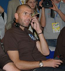 220px-Zidane_in_Poznan
