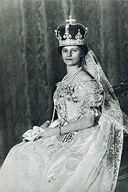L'impératrice Zita en 1916 lors de son couronnement comme reine de Hongrie à Budapest.