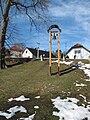 Zvonička v Kostelních Střimelicích.JPG