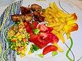 Пилешко со помфрит, вариво и домат-салата.jpg