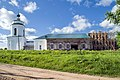 Троицкая церковь села Медяны. Идет восстановление алтарной части.jpg