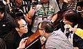 """香港立法會逃犯修例委員會""""鬧雙胞""""爆衝突2.jpg"""