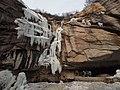 龙泉瀑 - Dragon Spring Waterfall - 2012.03 - panoramio.jpg
