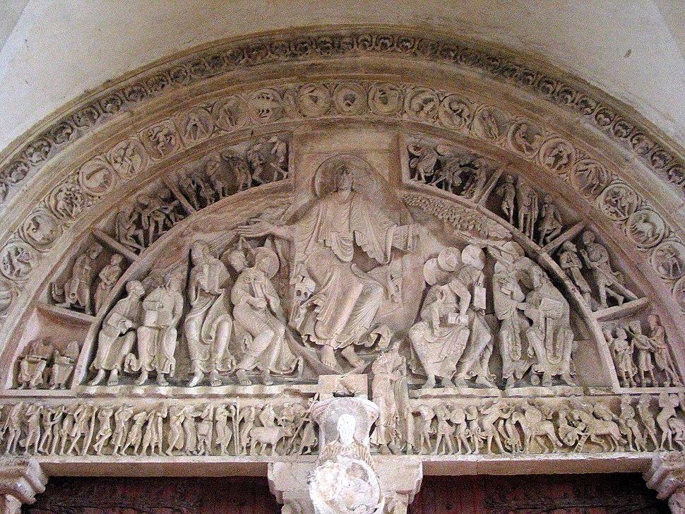 02 Basilique Ste-Marie-Madeleine de V%C3%A9zelay - Tympan.jpg