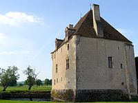 03 Lurcy le Bourg Château3.JPG