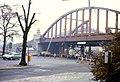 098L24101182 Vorortelinie, Neubau der Brücke über die Hernalser Hauptstrasse, Seite stadauswärts.jpg