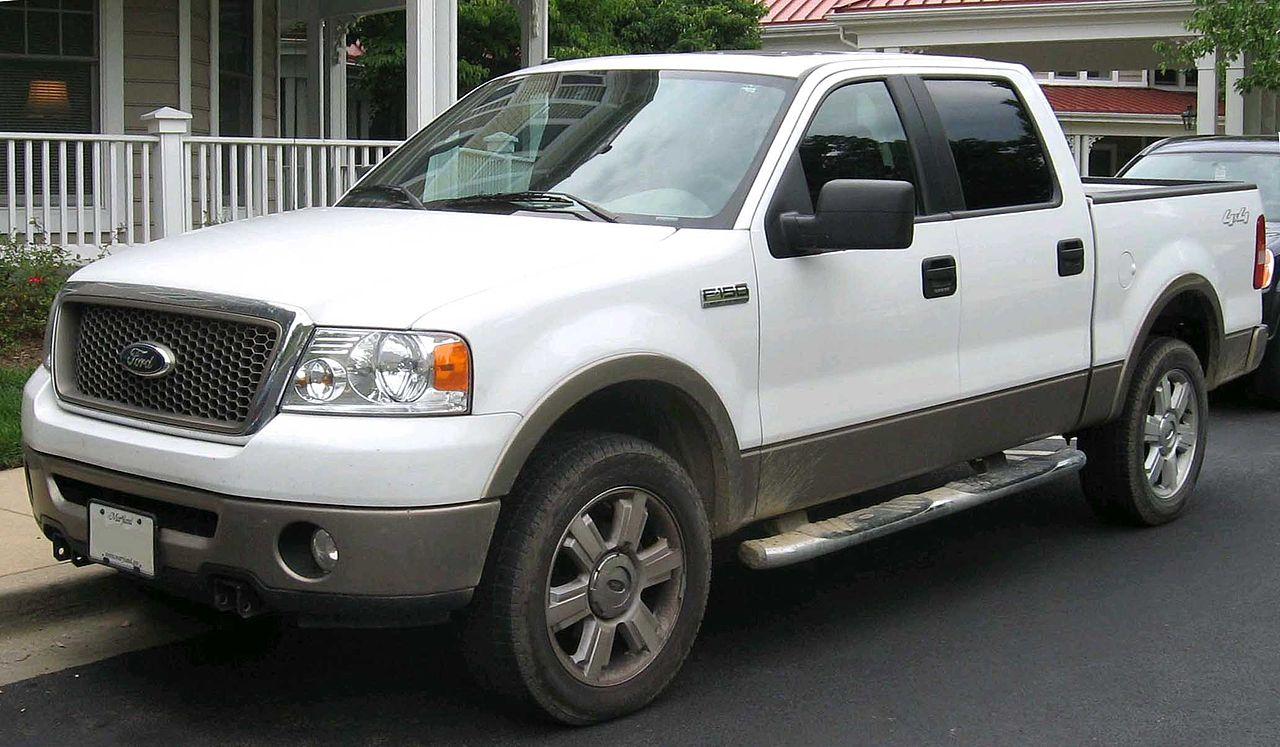 File:2004-2007 Ford F-150 Lariat.jpg - Wikimedia Commons