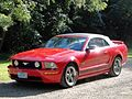 2005 Ford Mustang GT (6089944666).jpg