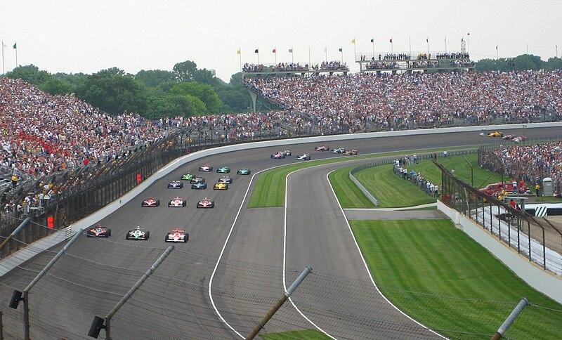 Archivo: 2007 Indianapolis 500 - A partir de la formación de campo antes start.jpg