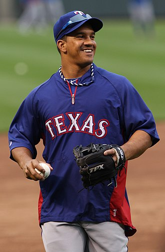 Alberto González (baseball) - Gonzalez with the Texas Rangers in 2012