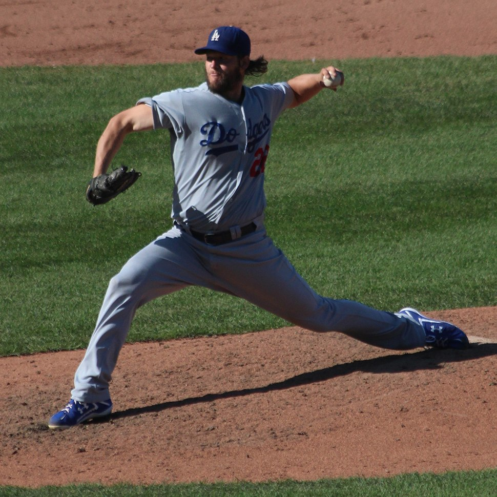 20140919 Clayton Kershaw windup during 20th victory in 2014