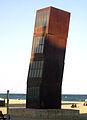22 L'estel ferit, de Rebecca Horn, platja de la Barceloneta.jpg