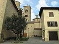 26 Sant Genís de Taradell, campanar i cimbori, des del carrer de l'Església.jpg