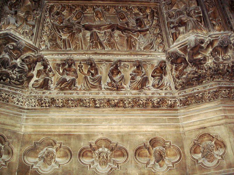 File:4214 - Milano, Duomo - Deambulatorio - Portale sagrestia sud (1393) - Foto Giovanni Dall'Orto, 11-July-2007.jpg