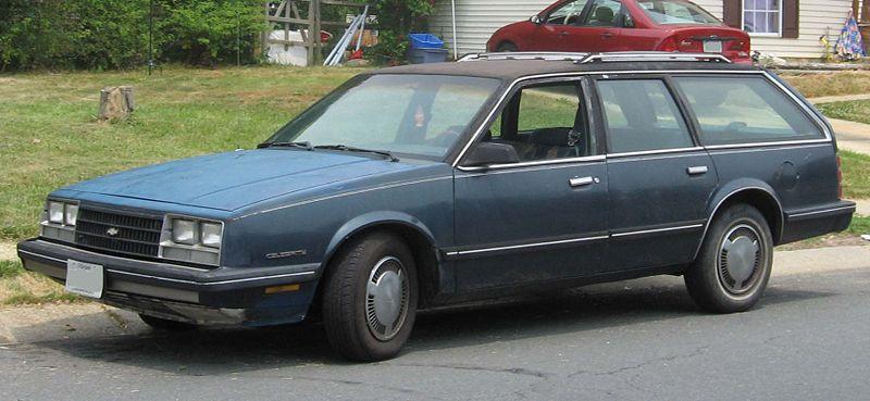 Chevrolet Celebrity: Фото 01.